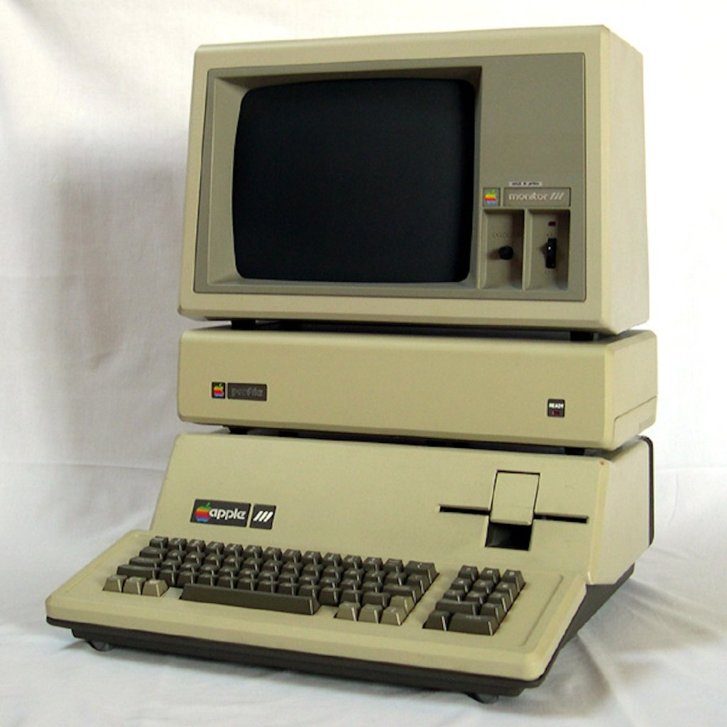 (1983) Apple III Plus
