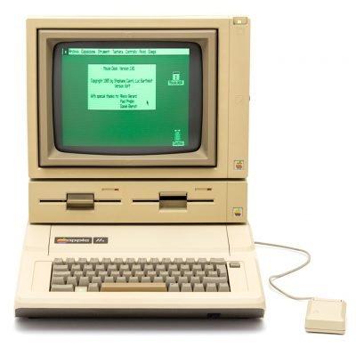 (1983) Apple IIe