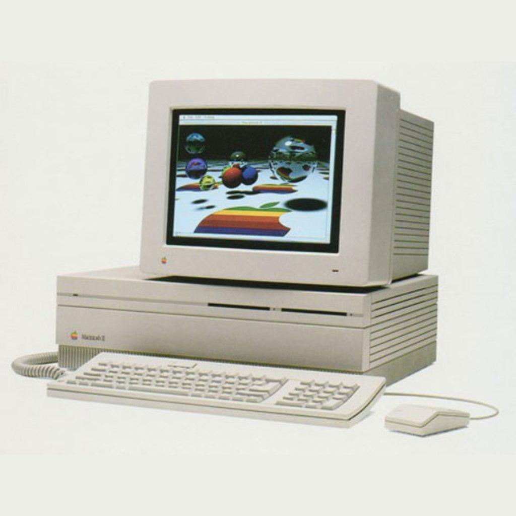 (1987) Macintosh II