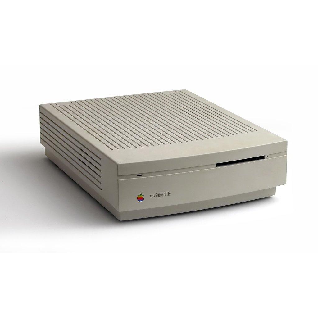 (1990) Macintosh IIsi