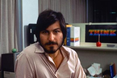 Steve-Jobs-Portrait-19
