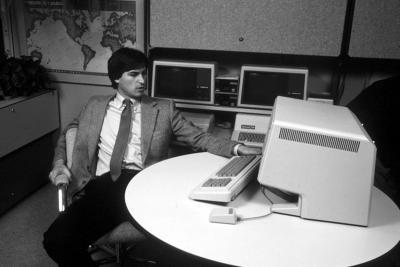Steve-Jobs-Portrait-31