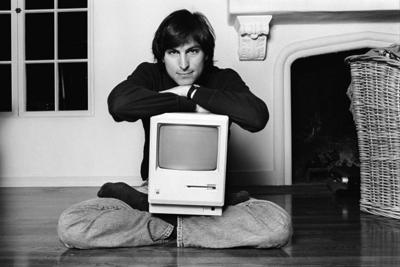 Steve-Jobs-Portrait-32